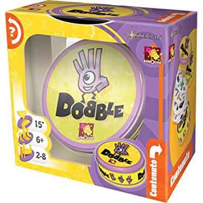 6844c49b87e301 Come primo classificato ecco Dobble, un gioco da tavolo di carte ottimo per  i bimbi più piccoli con età compresa tra i 6 e i 9 anni, sopratutto perché  non ...